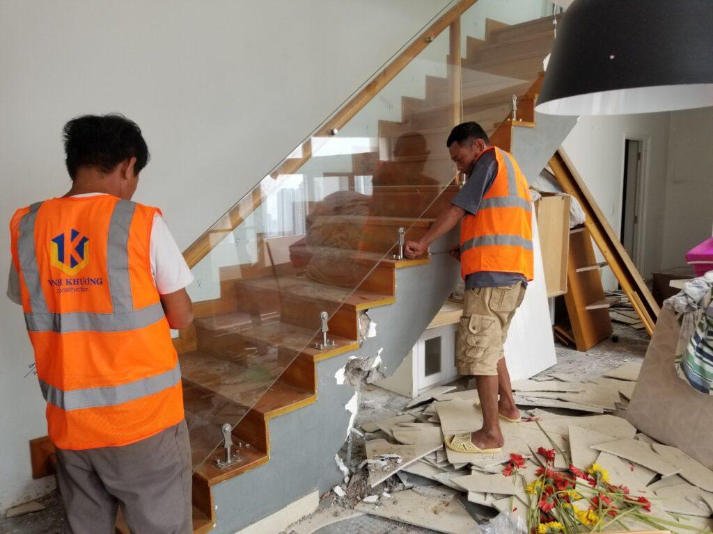 Tùy theo tình trạng căn nhà, VKCONS sẽ cải tạo căn nhà theo nhu cầu và khả năng của khách hàng